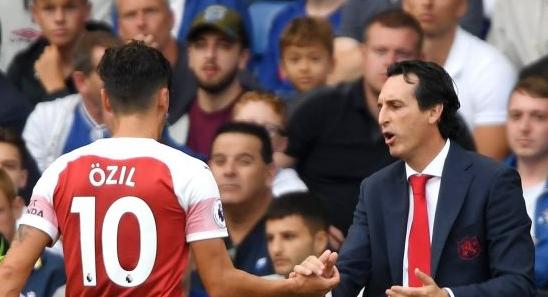 Tak Lagi Menjadi Buah Hati Di Arsenal, Ozil Tetap Semangat
