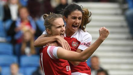 Miedema dan Van de Donk akurat dengan kemenangan besar di Arsenal